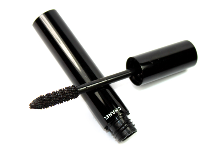 Le Volume De Chanel Mascara фото