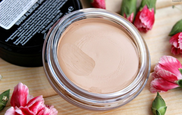 Текстура Miracle Touch Foundation